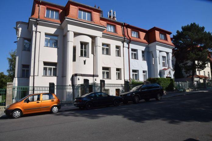 maison jumelles Prague