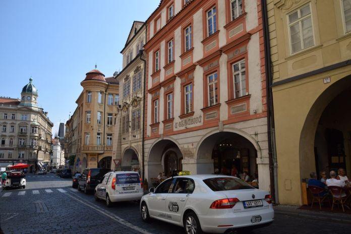 arcades Mala Strana Prague
