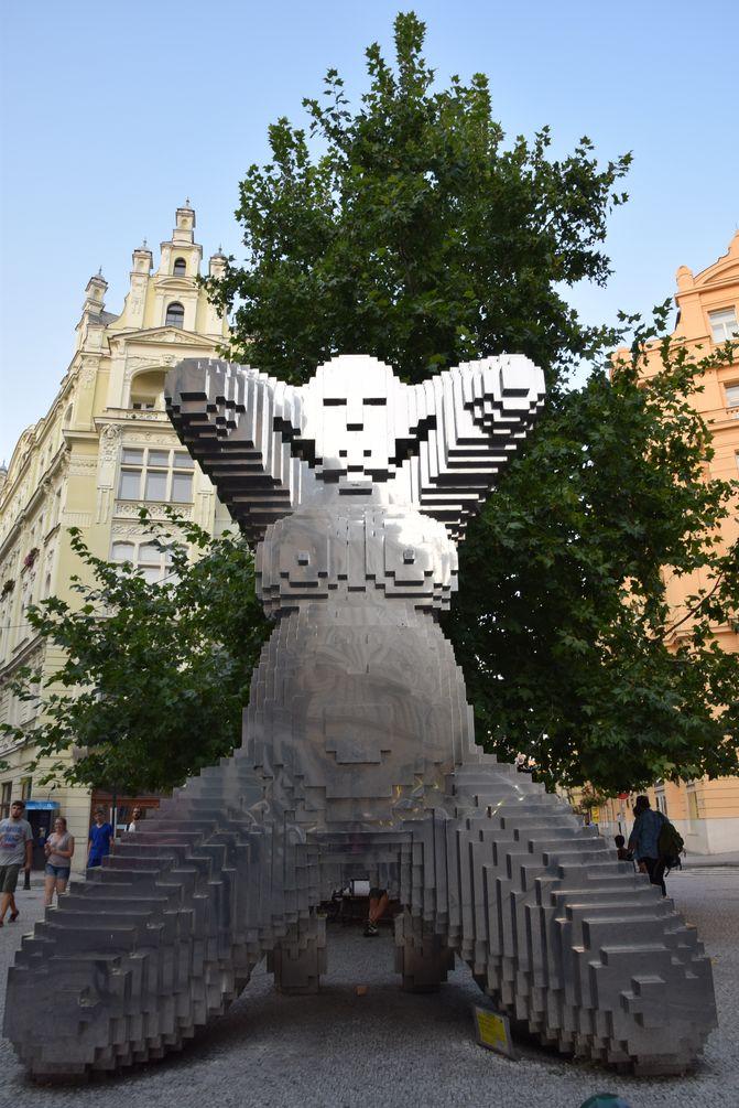 statue rue Dlouha Prague