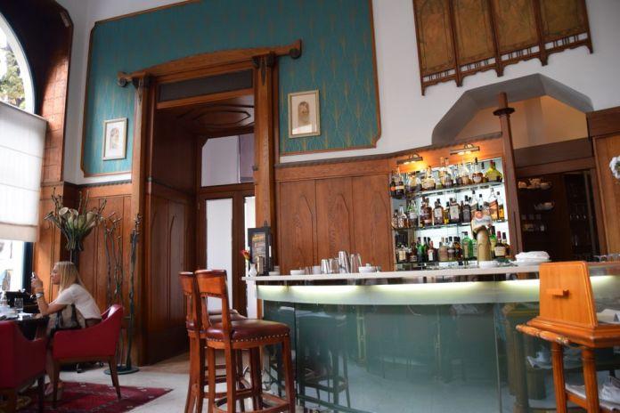 bar moderne café Pariz Prague