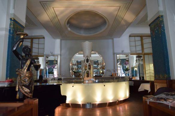salle à manger cuisinier Hôtel Pariz Prague