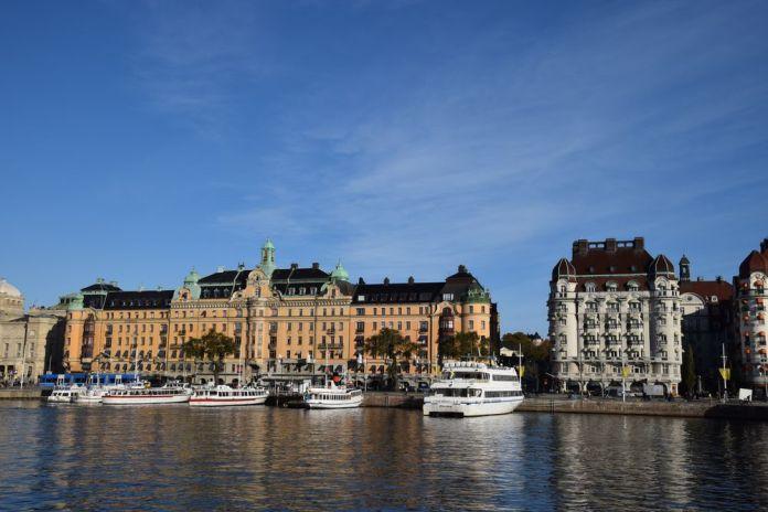bâtiments majestueux strandvagen stockholm suède sweden