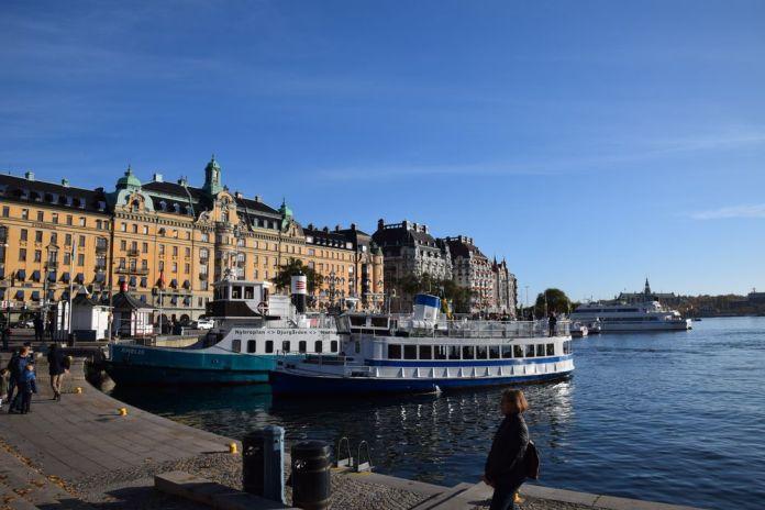 bateaux strandvagen stockholm suède sweden