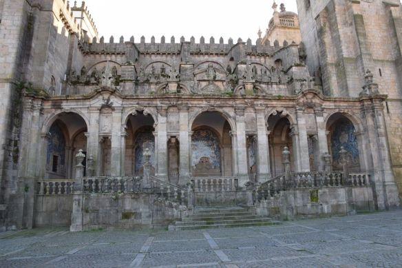 côté cathédrale Sé porto portugal