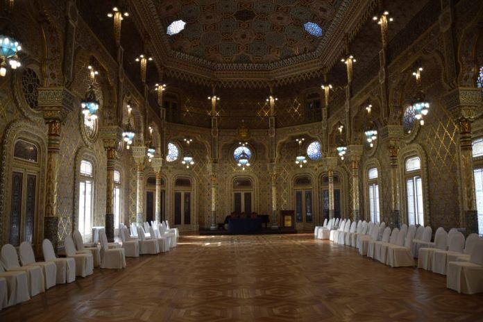 salon mauresque palacio da bolsa porto portugal