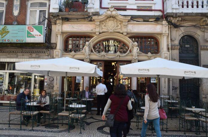 terrasse café majestic porto portugal