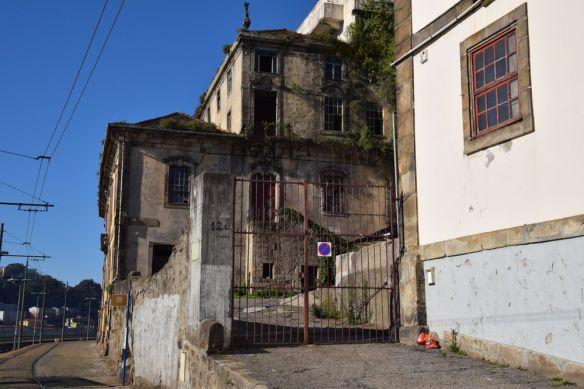 mais elle a été abandonnée Porto Portugal