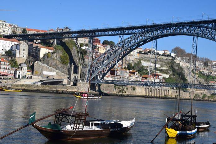 pont dom Luis 1 deux niveaux porto portugal