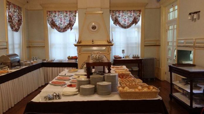 buffet petit-déjeuner grande hotel de paris porto