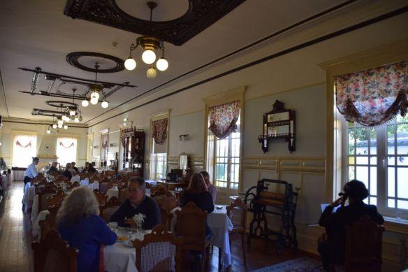 concert violon salle petit-déjeuner grande hotel paris porto