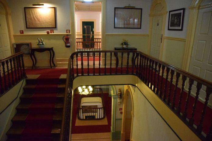 cages d'escalier Grande Hotel de Paris Porto