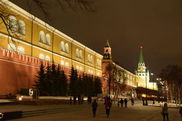 promenade nocturne Kremlin moscou moscow russie russia