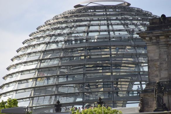 coupole Bundestag Berlin
