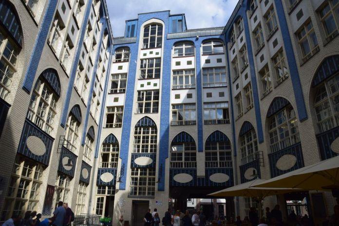 façade carrelée Hackesche Höfe Berlin