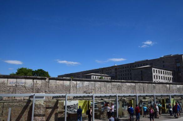 vestiges du mur de berlin