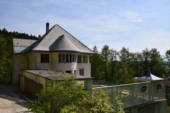 jeux de volumes la maison blanche la chaux de fonds suisse switzerland