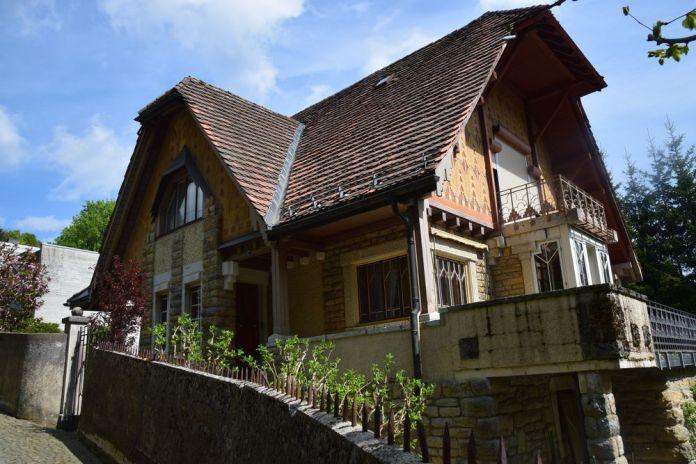 villa fallet balcon terrasse la chaux de fonds suisse switzerland