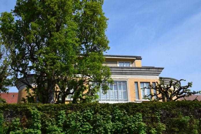 ouvertures multiples villa turque la chaux de fonds suisse switzerland