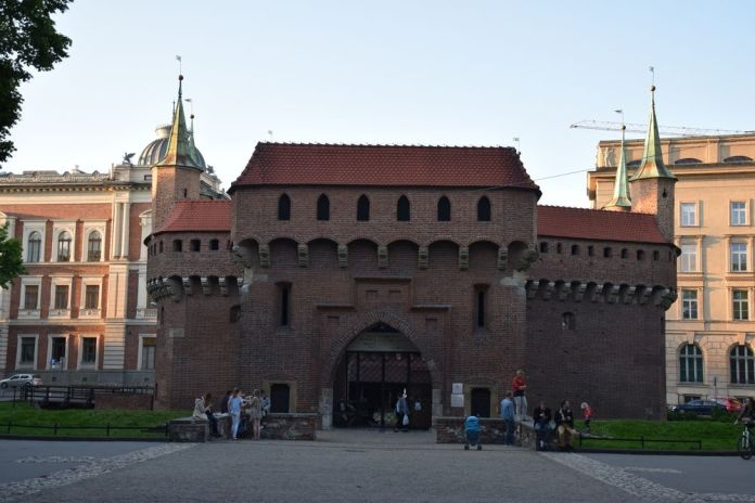 imposante Barbacane Cracovie
