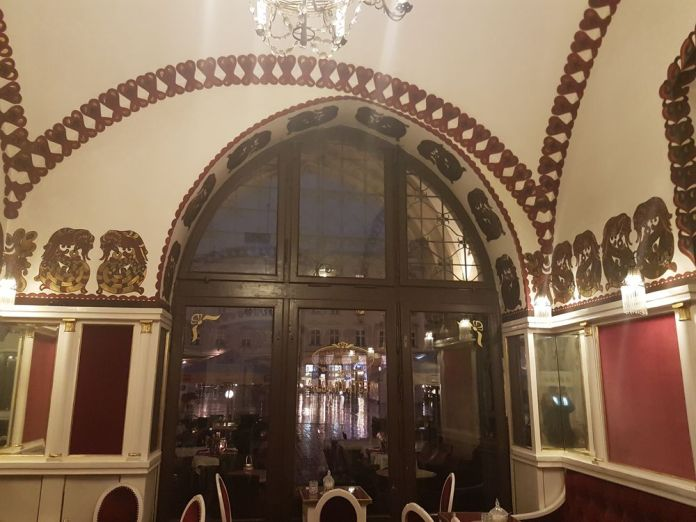 arches du café Noworolski art nouveau cracovie