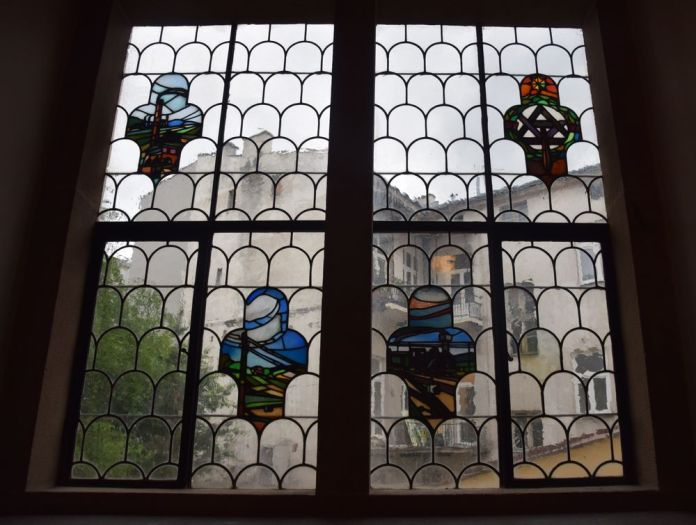 vitraux maison à la boule cracovie