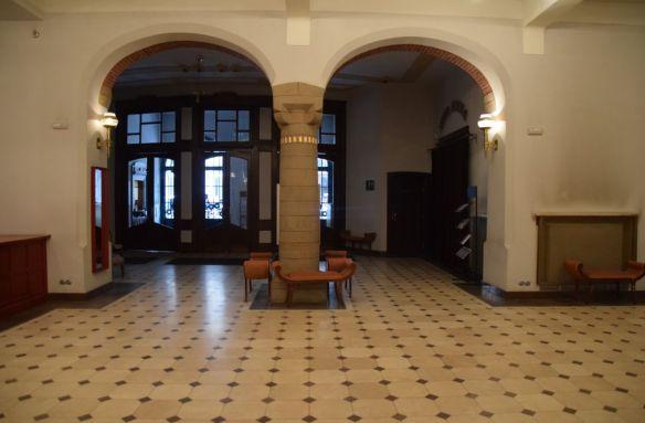 hall d'entrée vieux théâtre cracovie