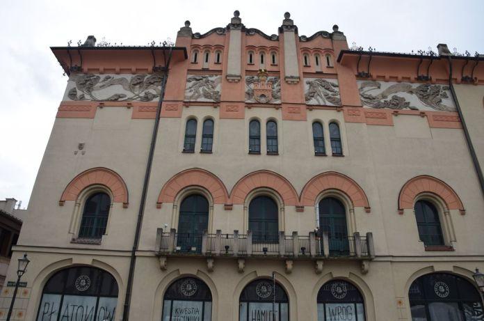 vieux théâtre cracovie façade szczepanski