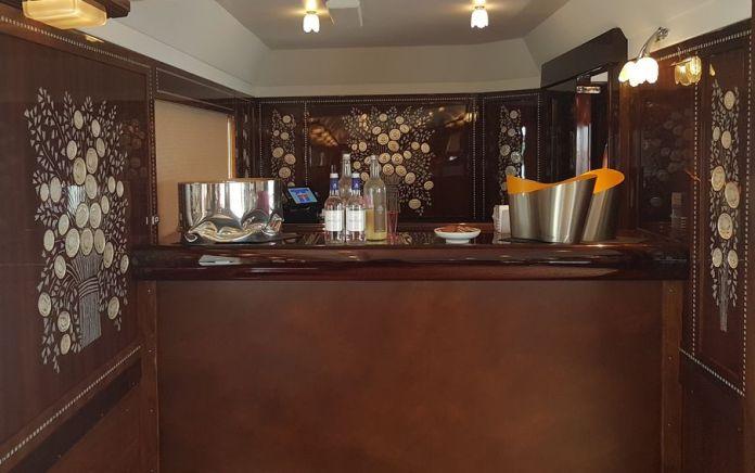 comptoir du bar Orient Express