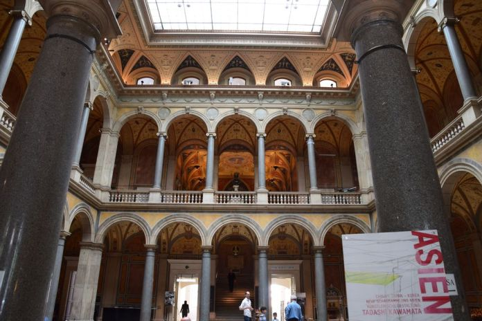 hall entrée musée arts appliqués Vienne