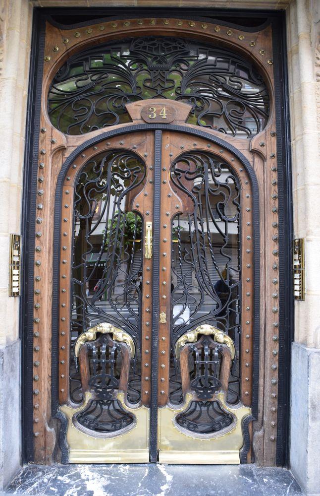 porte de la casa montero bilbao