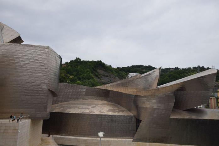 façades en métal guggenheim bilbao