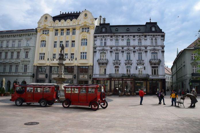 place Hlavene napoléon bratislava