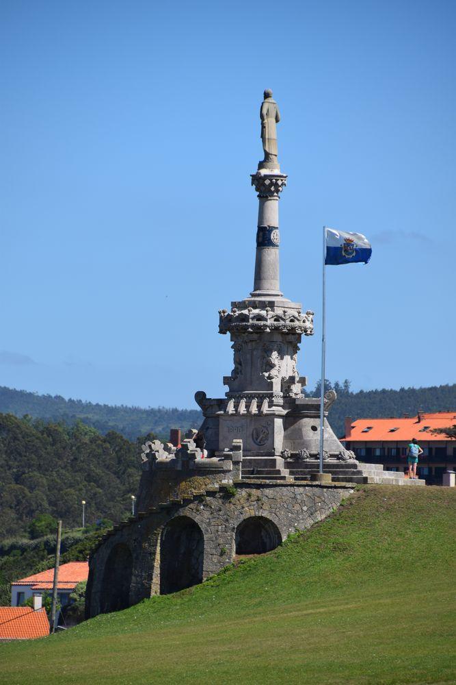 monument au marquis de Comillas par Luis Domenec i Montaner