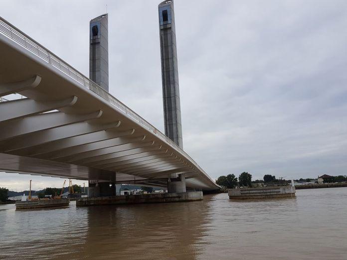 pont chaban delmas