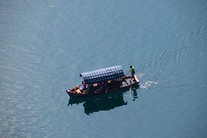 embarcation lac de Bled