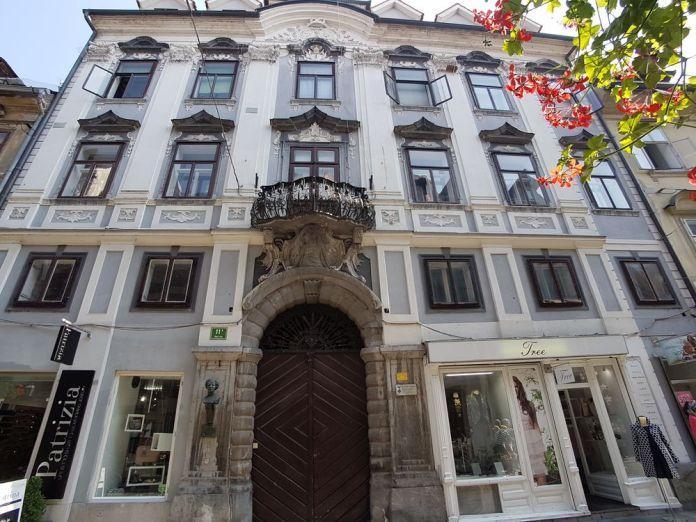 opulente maison baroque ljubljana