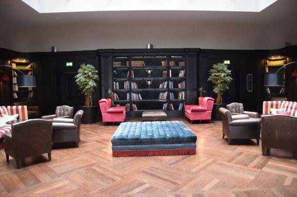 bibliothèque savoia excelsior palace trieste