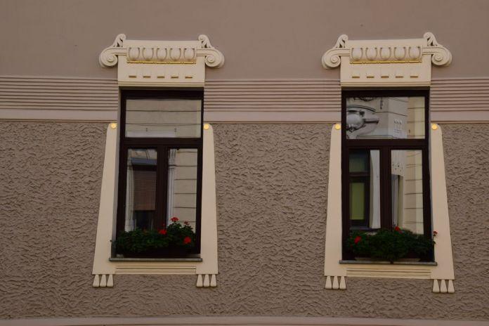 entourage fenêtres 11 tavcarjeva ulica ljubljana