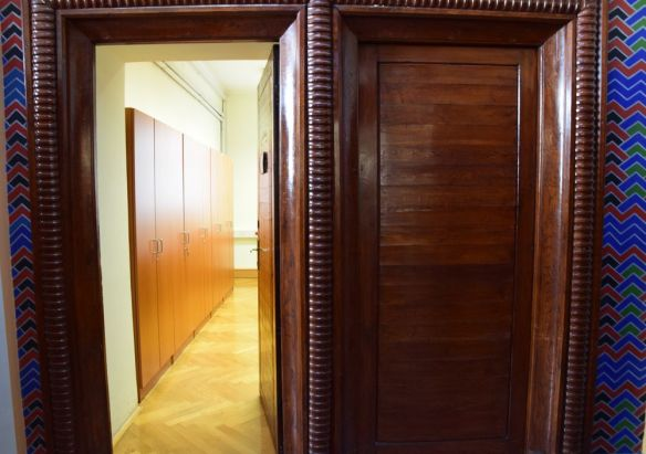 bois travail soigné banque coopérative ljubljana