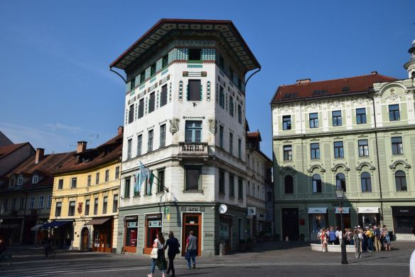 maison hauptman ljubljana