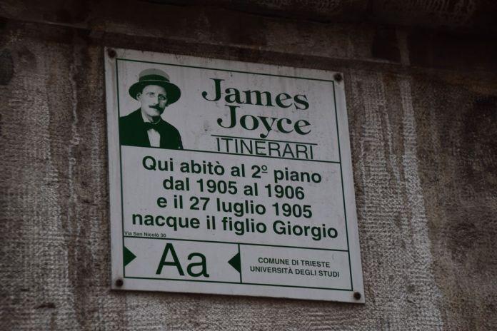 fléchage du parcours james joyce à Trieste