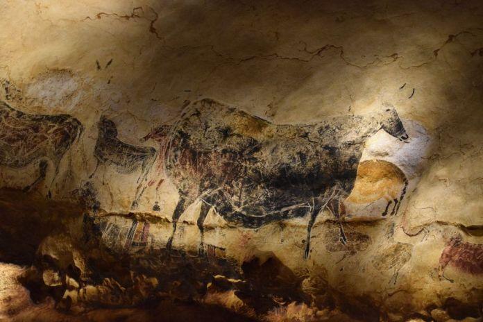 La vache noire à Lascaux 4