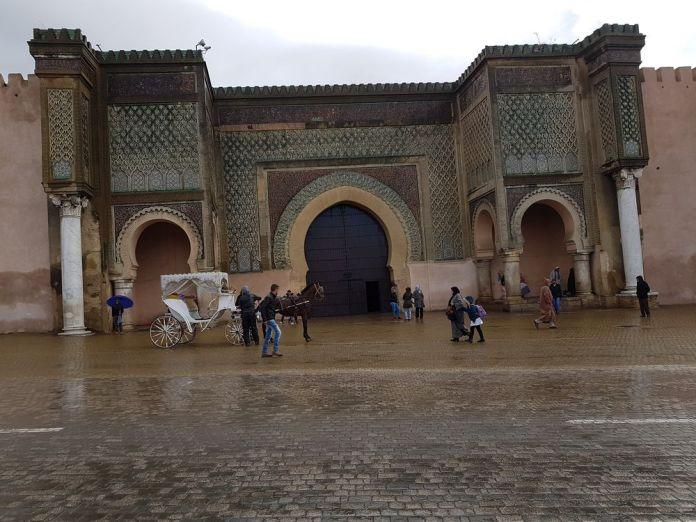 place Bab Mansour Meknès