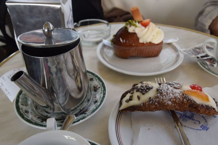 Caffè Gambrinus Naples