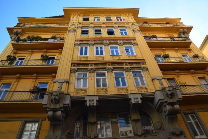 palazzo liberty Acquaviva Coppola Naples