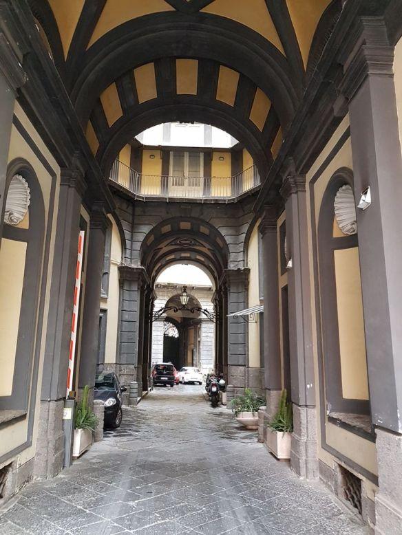 Palazzo Doria d'Angri entrée, Naples