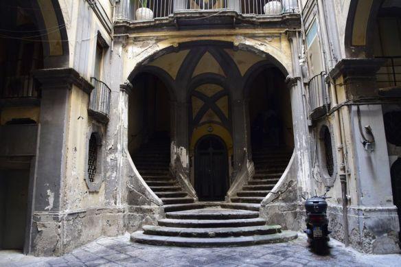 Palazzo Mastelloni Naples