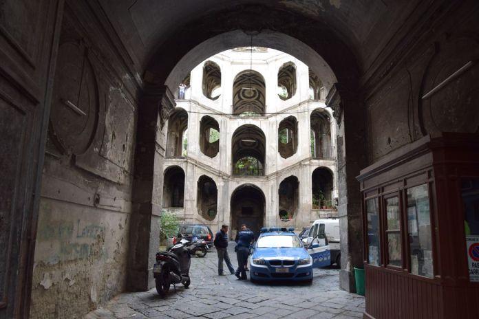palazzo Sanfelice Naples, entrée
