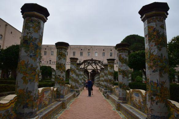 cloître de Santa Chiara Naples
