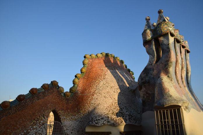 cheminée dragon casa Battlo Gaudi Barcelone Barcelona